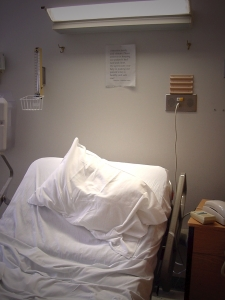 A new study suggests that staying in the ICU too long can trigger dementia symptoms.