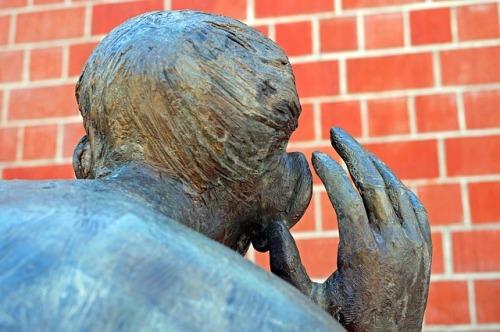 sculpture-2275202_640